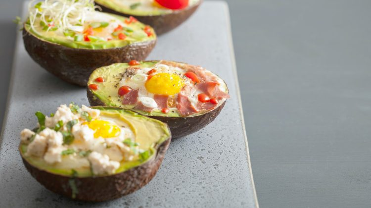 baked eggs avocado and bacon | Low Carb Breakfast Ideas and Recipes For Keto Diet | low carb breakfast | low carb breakfast casserole | Featured