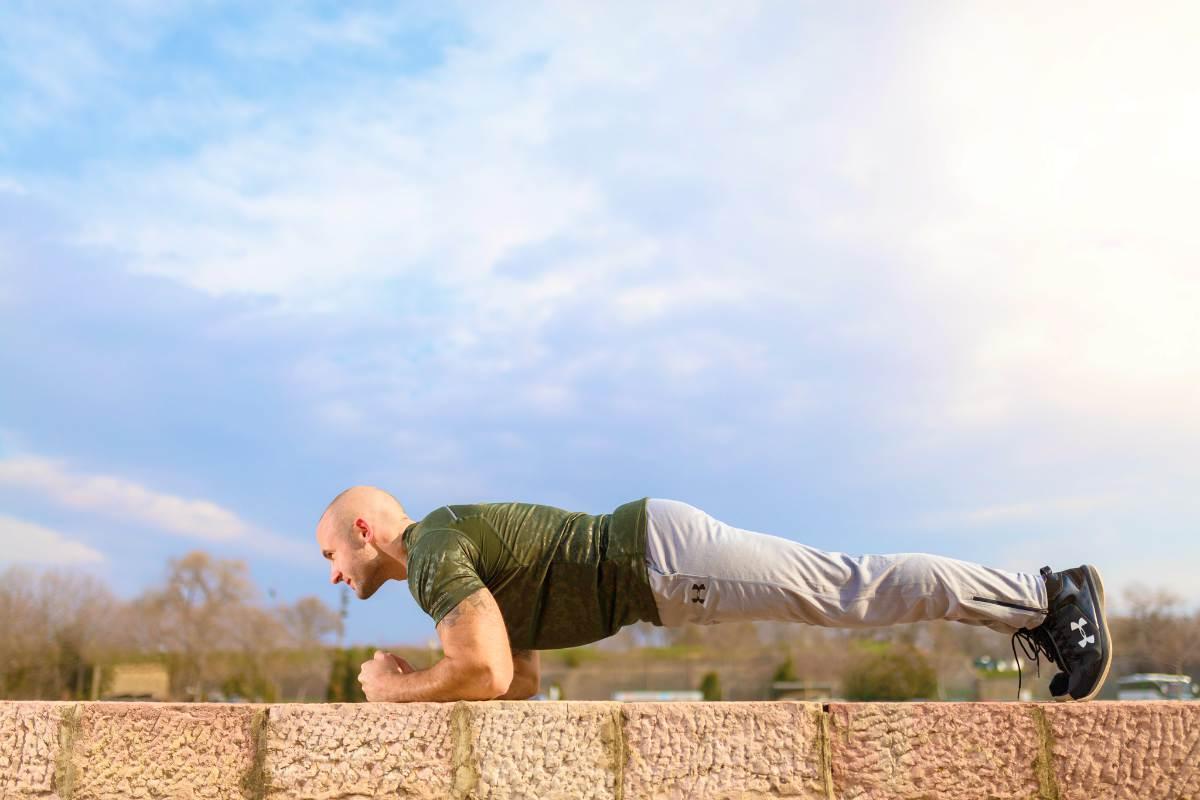 man doing the plank | Hip Bursitis Exercises For Tension Relief | hip bursitis exercises | stretch for hip bursitis