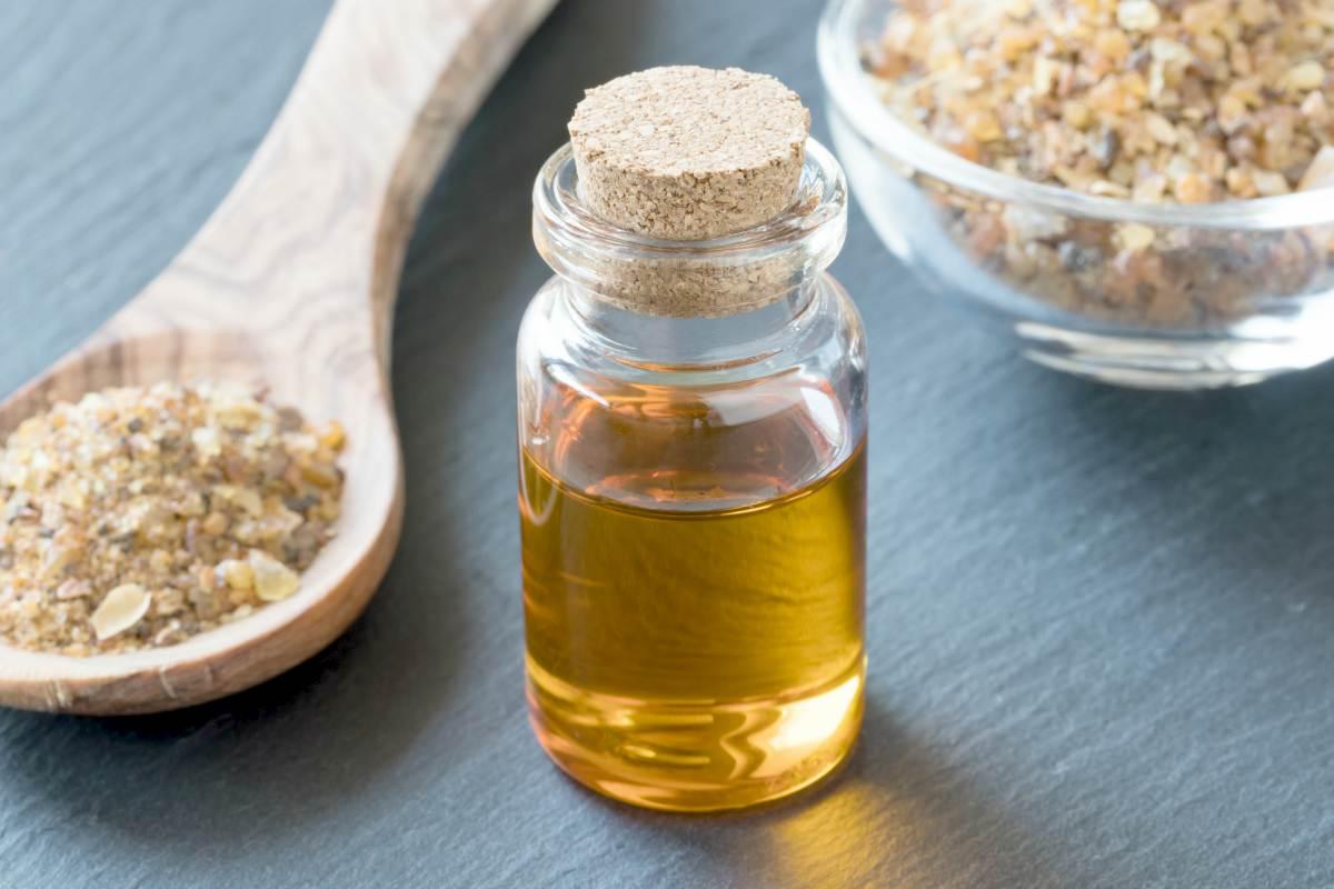 bottle of myrrh essential oil   Best Essential Oils For Arthritis   essential oils for arthritis   essential oil for arthritis pain