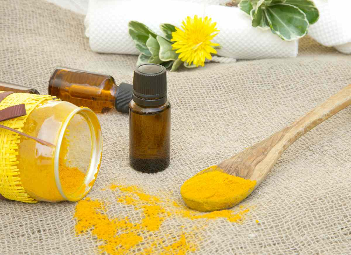 dropper and bottle of turmeric essential oil   Best Essential Oils For Arthritis   essential oils for arthritis   best essential oils for arthritis pain